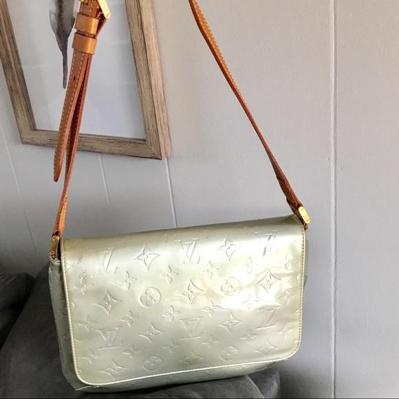 47f237e6d5cb Louis Vuitton Handbags - Louis Vuitton Vernis Thompson Street Bag